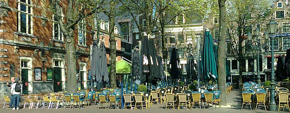 Leidseplein can be a pleasant oasis on a nice spring morning in Amsterdam